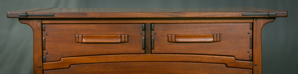 Drawers with Ribbon Pull